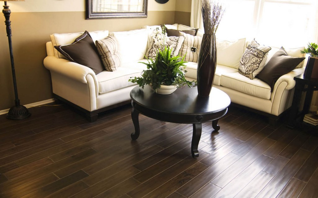 Hardwood flooring is suitable for high-end budget
