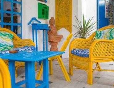 maximalist home interior