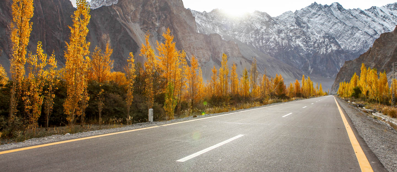 10 Most Scenic Beautiful Roads In Pakistan Zameen Blog