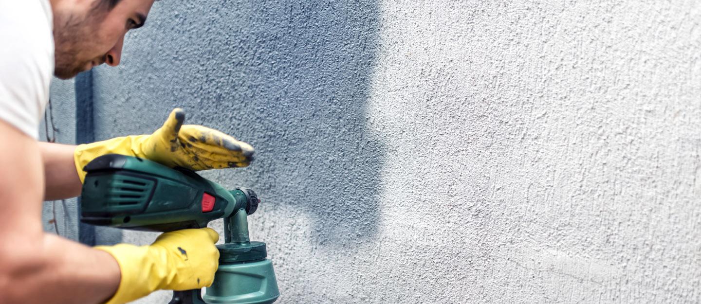 Spray Painting Your Walls