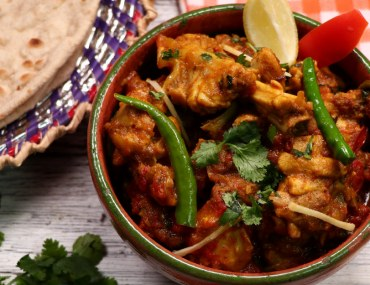 Check out these most popular desi food restaurants in Karachi