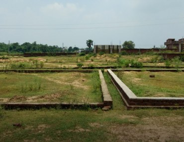 Key factors affecting the value of plots in Pakistan
