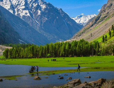 Guide to travelling solo to Pakistan