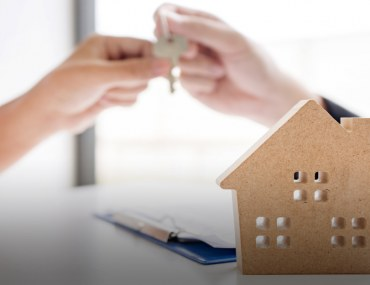 Get the best advice for buying a house in your 20s