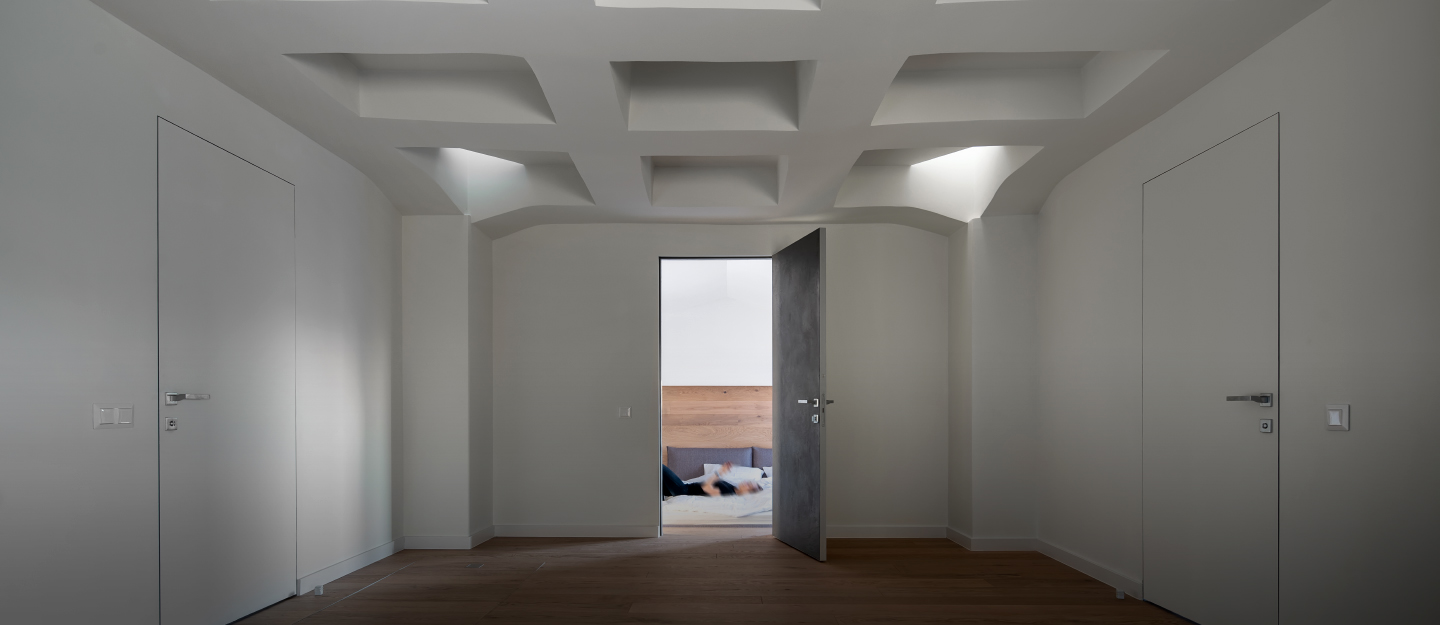 pros and cons of having a false ceiling