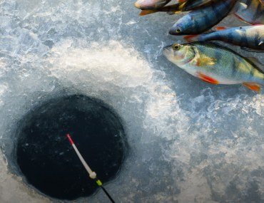 ice fishing in Pakistan