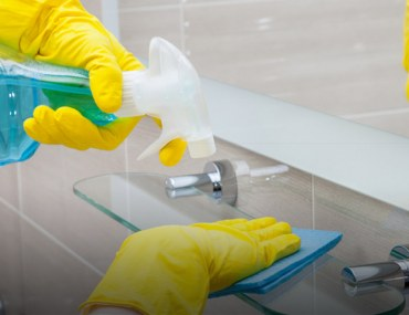 DIY Bathroom Cleaning Tips