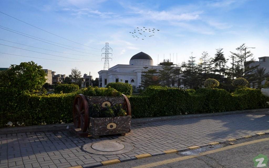 Mosque at Al-Jalil Garden, Lahore