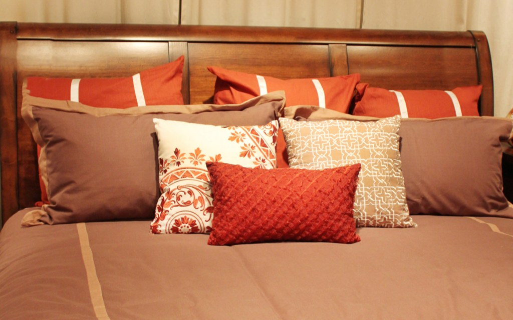 Put on New Bedsheets, Cushion, and Pillow Covers for Eid