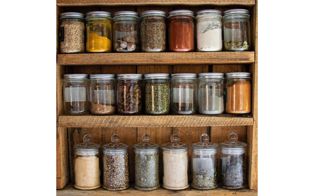 Smart Spice Storage Ideas For Your Kitchen Zameen Blog