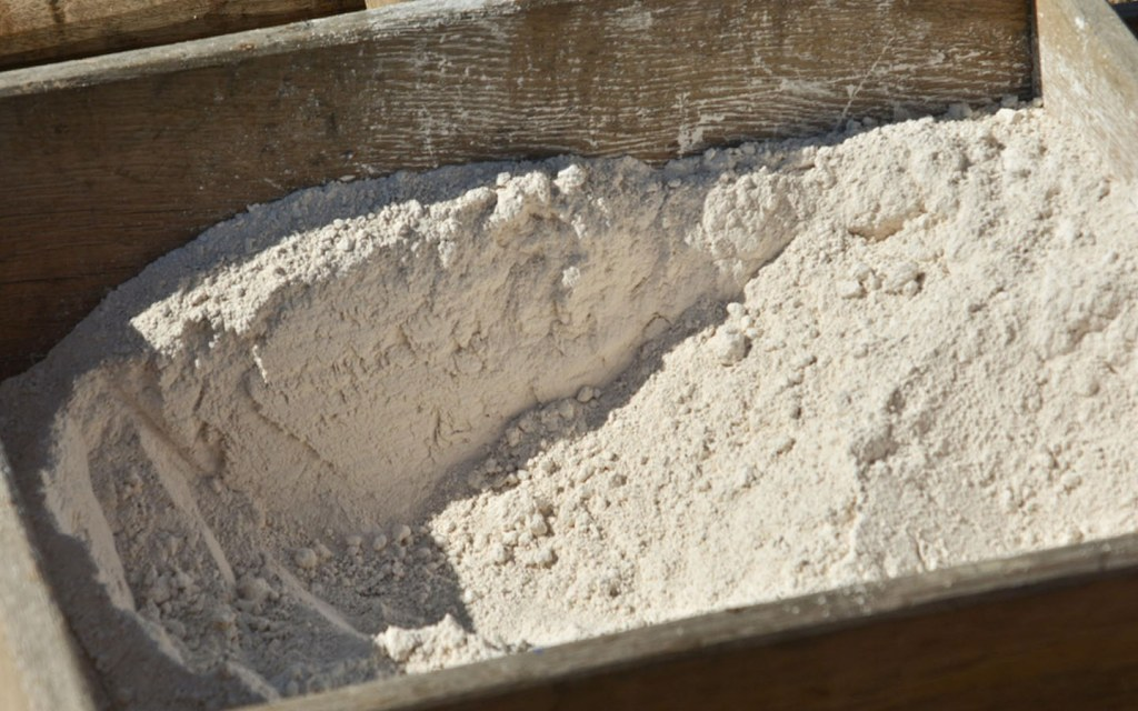 White cement is just like Portland cement