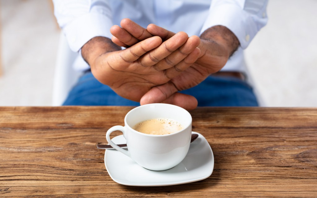 Avoid coffee and tea during heatwave