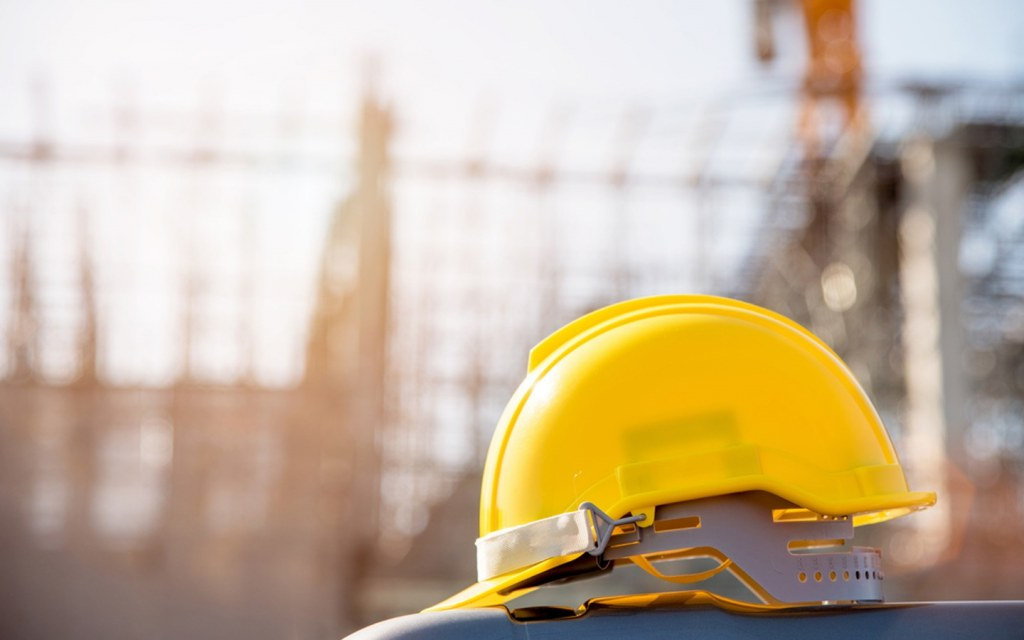 important do's you need to take care of when visiting construction site