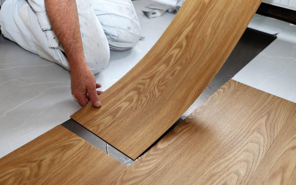 vinyl flooring can be easily installed using glue