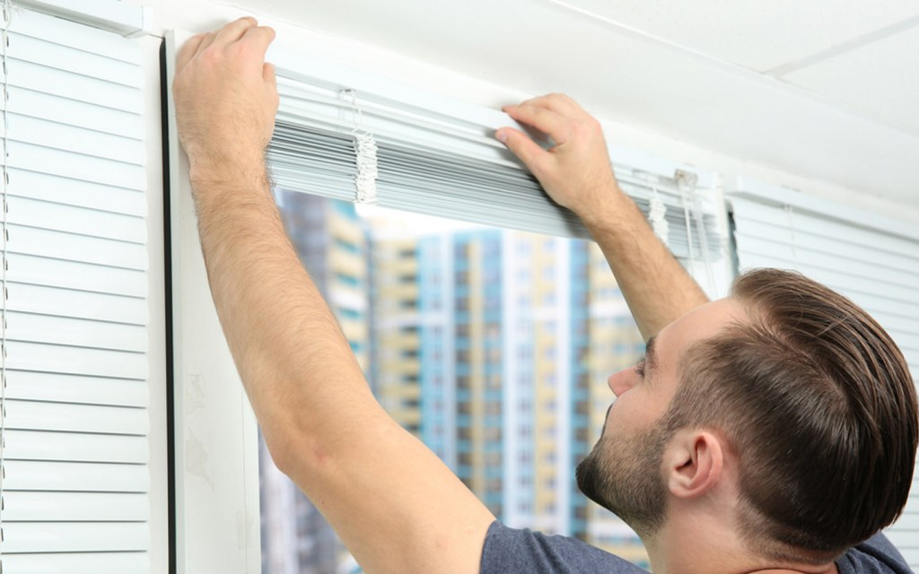 Guide to Install Window Blinds: Tools, Equipment & More   Zameen Blog