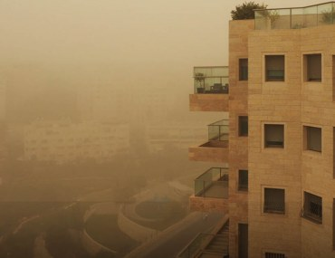 tips to clean your house after a sandstorm