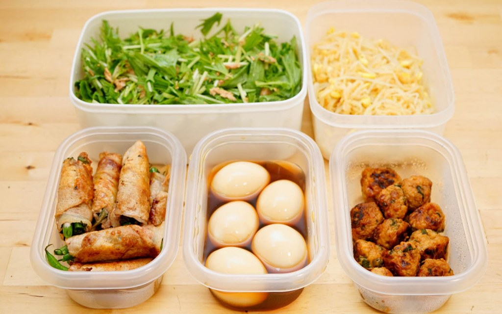 Store leftovers in containers