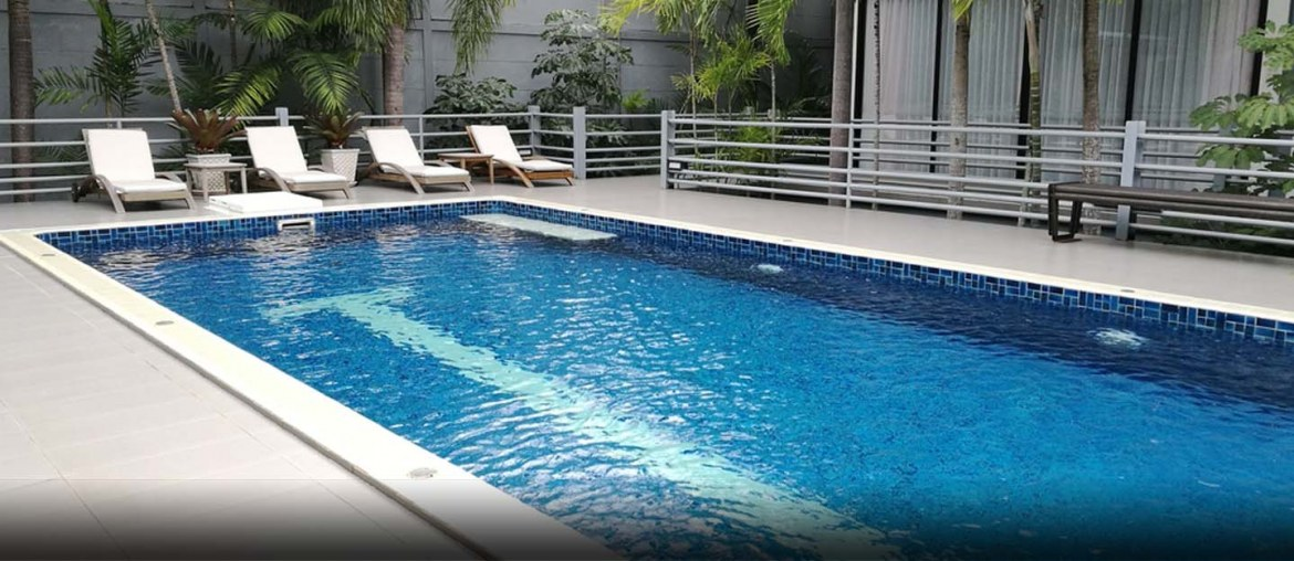 pros and cons of buying a house with a pool