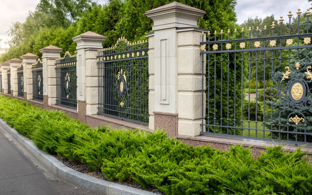 Appropriate number of pillars is an important factor to consider when building a boundary wall
