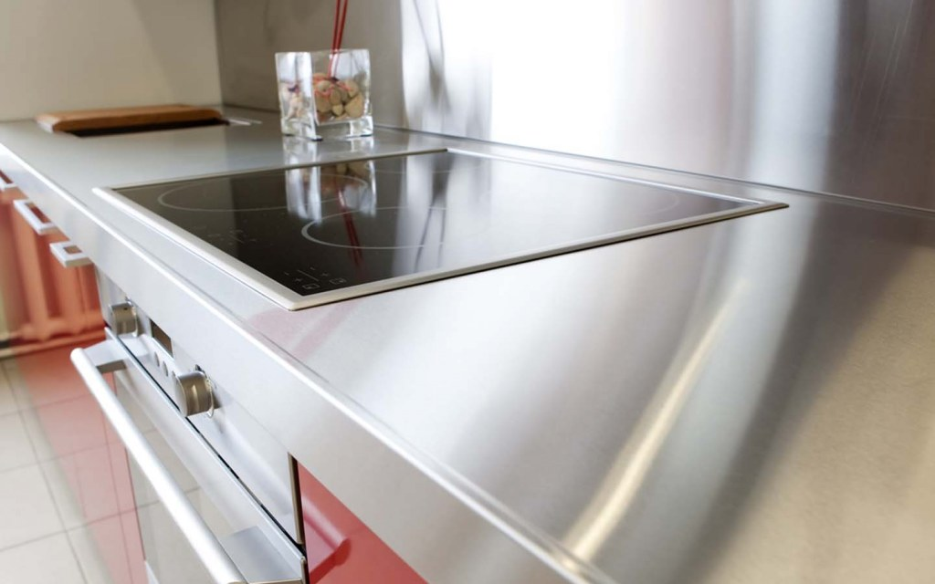stainless steel kitchen countertop is the best option for commercial kitchens