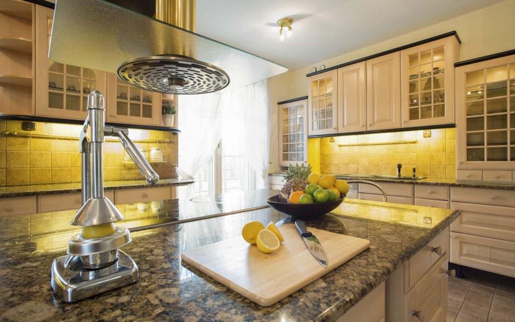 quartz countertop for your kitchen