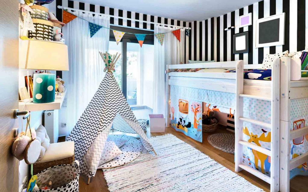Loft beds are perfect for growing kids