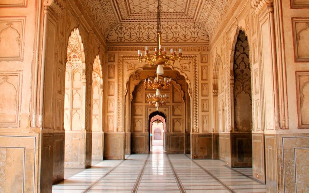 beautiful interior of badshahi masjid