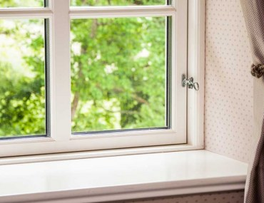 Clean Your Curtains at Home