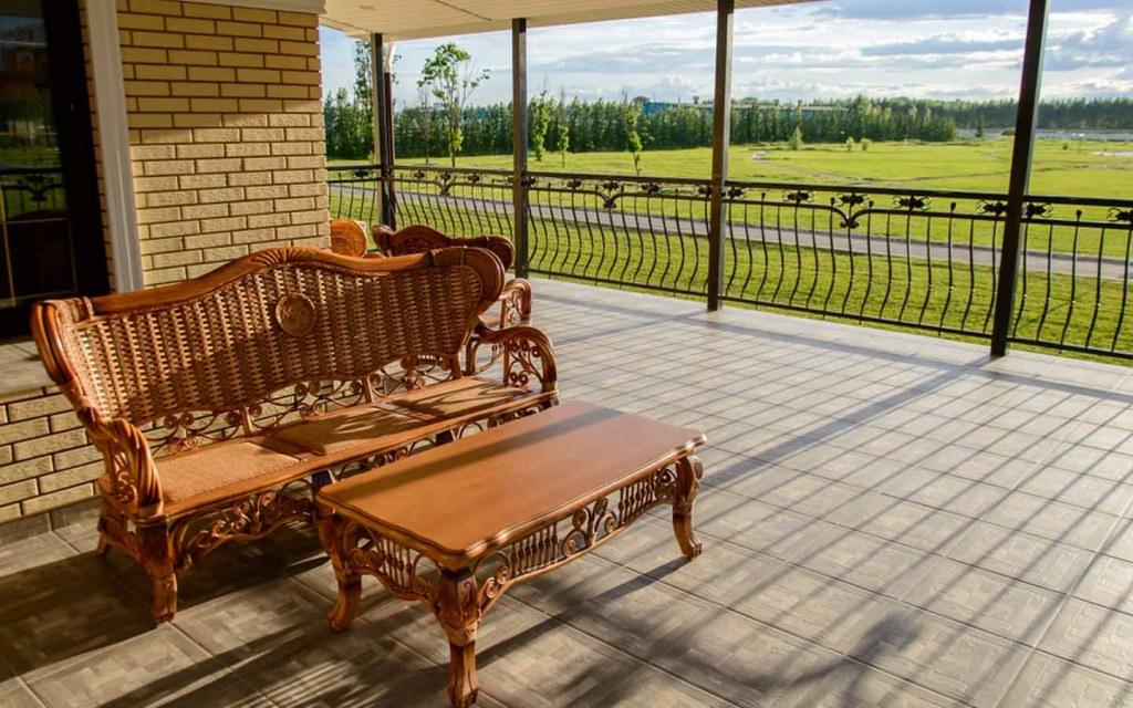 what is a veranda