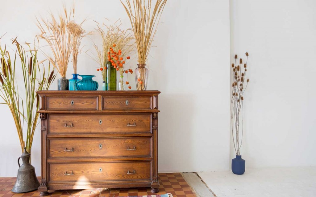 where to splurge and where to save when decorating your home