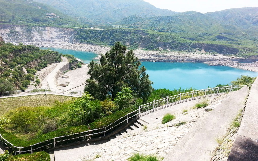 details regarding tourism near Tarebela Dam, Pakistan