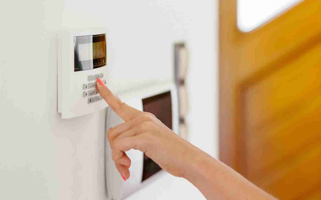features of home security systems