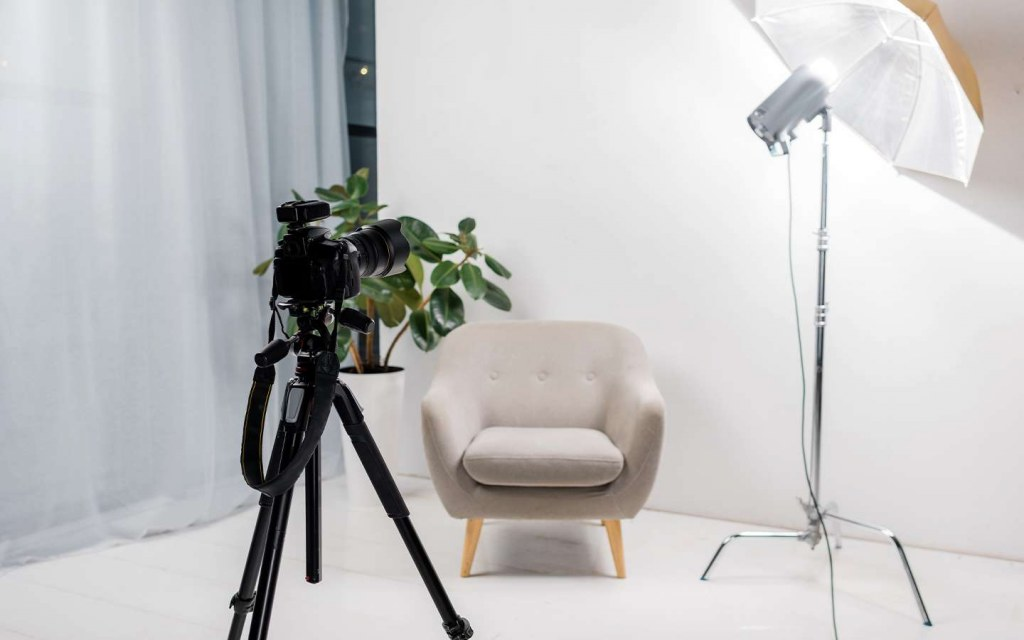 how to set up a photo studio at home