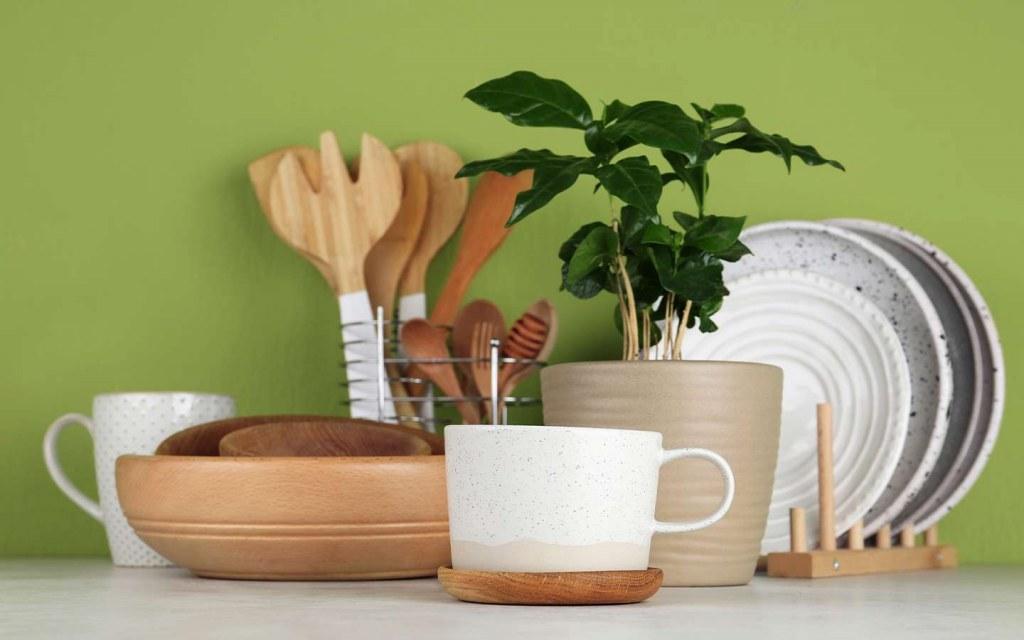 organise the kitchen countertops