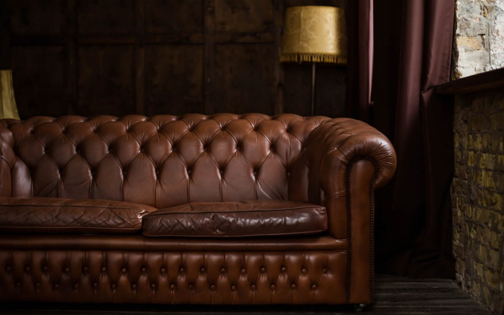 Traditional Leather Furniture