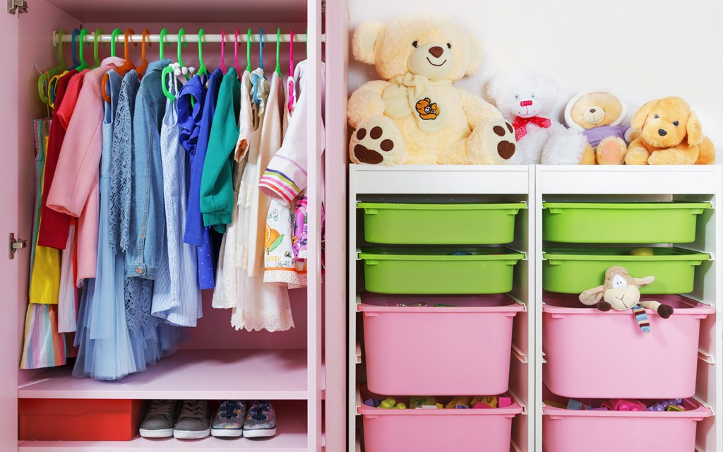 how to organise children's clothes