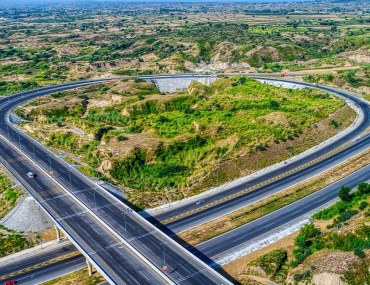 Opportunities on Islamabad Expressway