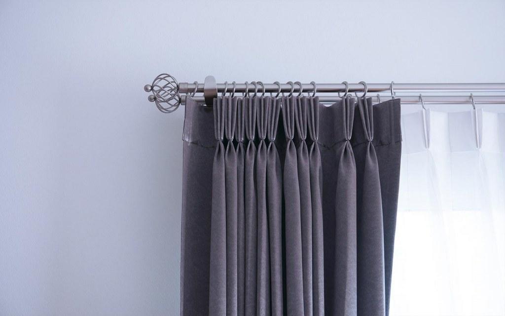 pinch pleat curtain headers