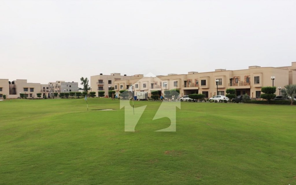 Icon Valley is one of the best residential complexes along Raiwind Road, Lahore.