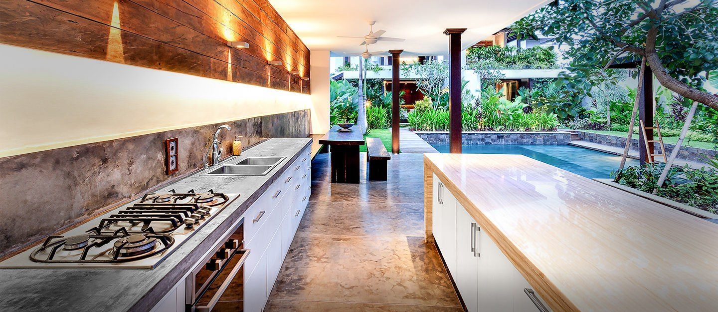 Incorporating dirty kitchen