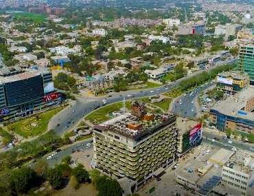 shopping malls in Gulberg Lahore