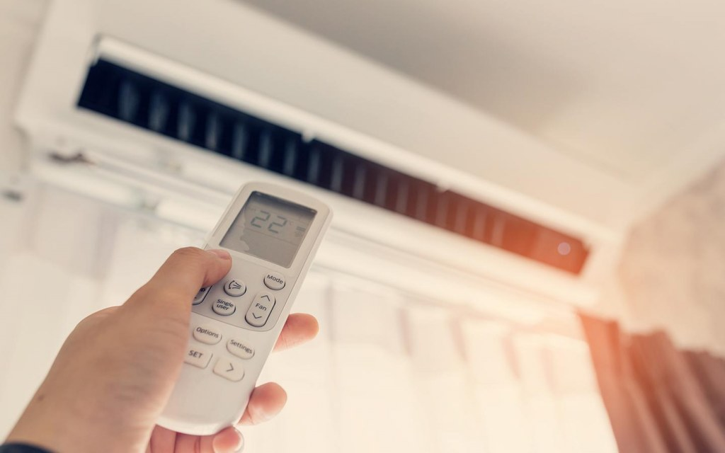 advantages of roof heat proofing treatment in summer
