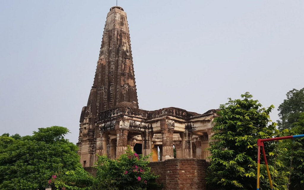 Teja SIngh built this temple in sialkot