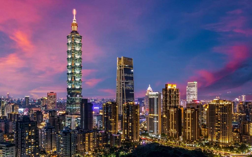 taipei 101 is the crowning glory of Taipei's skyline.
