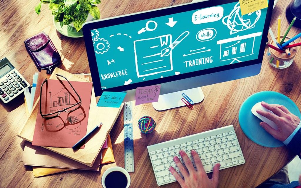 digital skills to find work online