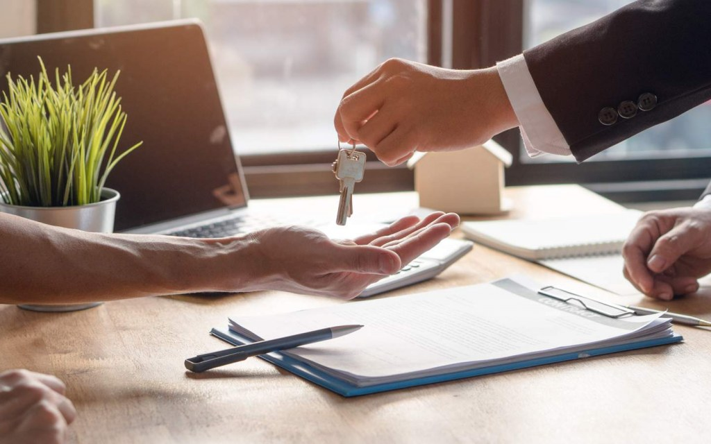 background check of tenants