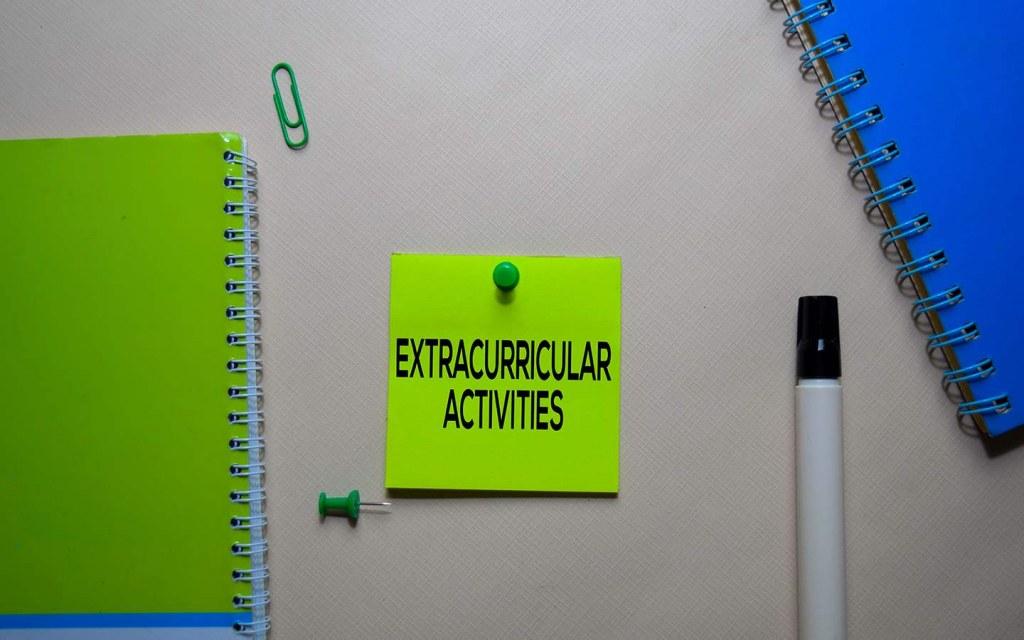 extracurricular activities in school