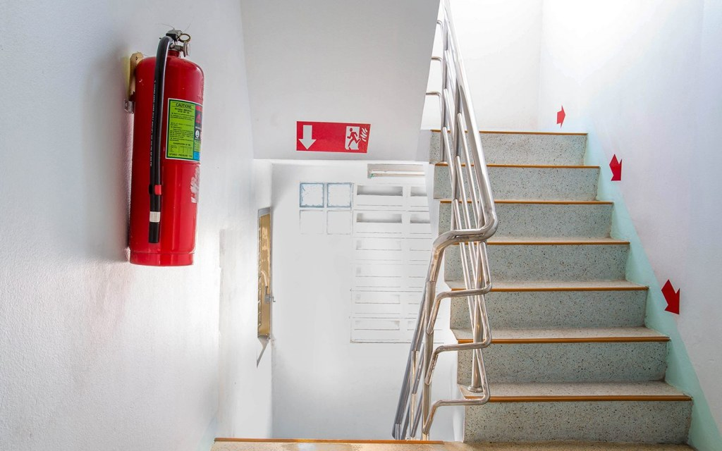 What to do in case of fire in a building