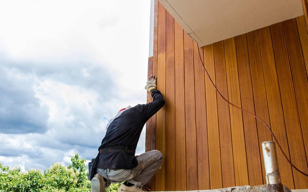 high maintenance of wood siding