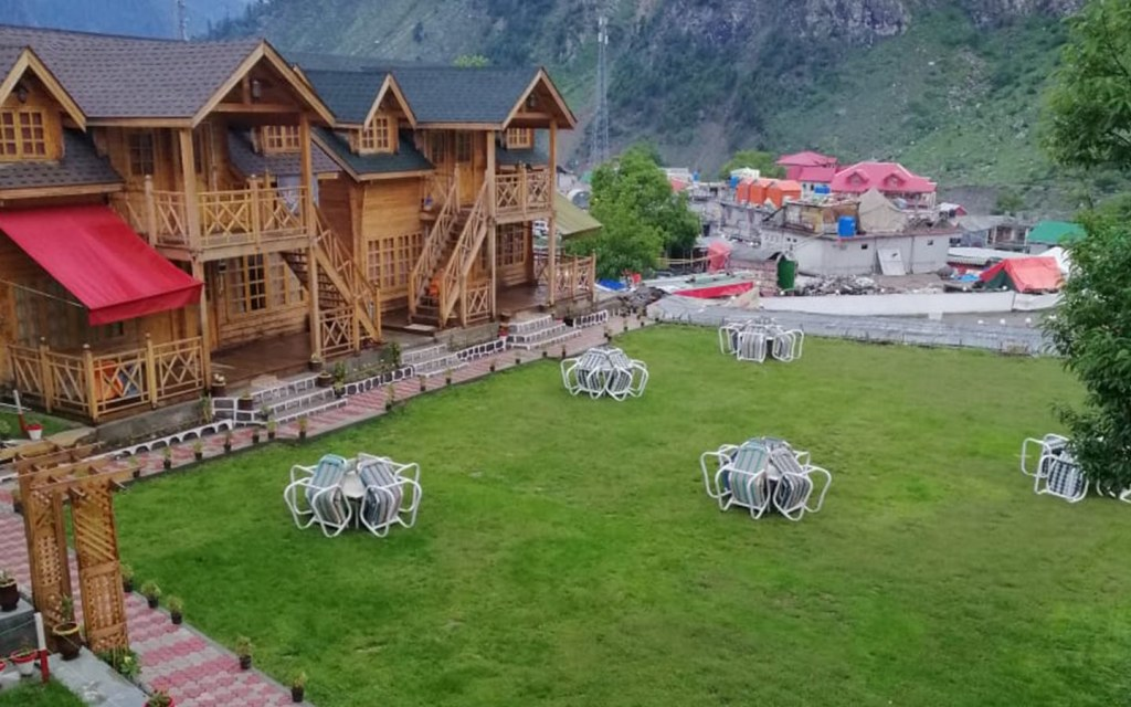 Swiss Wood Cottages will  transform you to a European fairy tale town